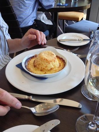 The Jetty : Cheese souffle