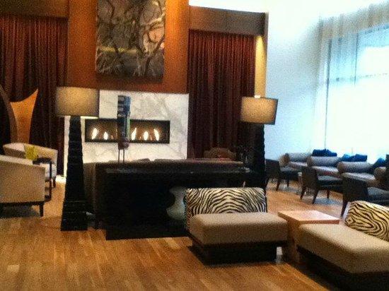 Renaissance Atlanta Midtown Hotel: lobby