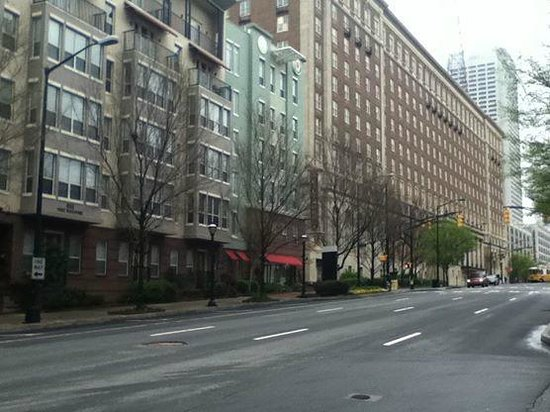 Renaissance Atlanta Midtown Hotel: around hotel