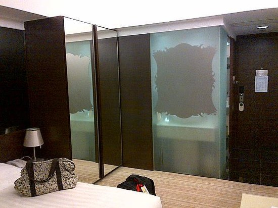 Harbour Plaza 8 Degrees: Bedroom