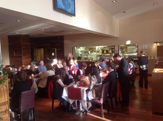 Maldron Hotel Portlaoise: 2013's Rose and Rose's families having dinner in the Hotel