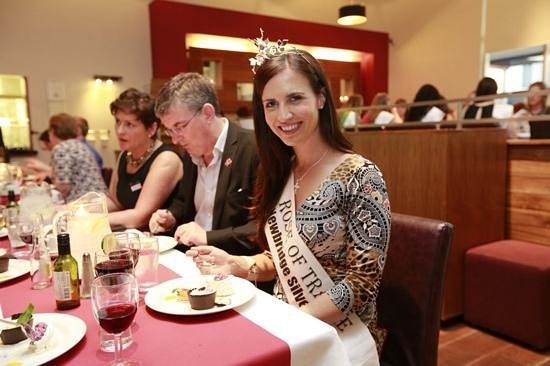 Maldron Hotel Portlaoise: 2013's Rose of Tralee having dinner in The Maldron Hotel