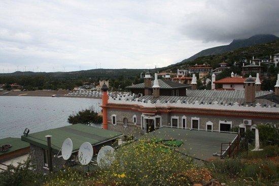 Perili Bay Resort Hotel : Doga deniz mistik hava huzur hersey burda