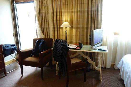 Grand Hotel Continental : desk area