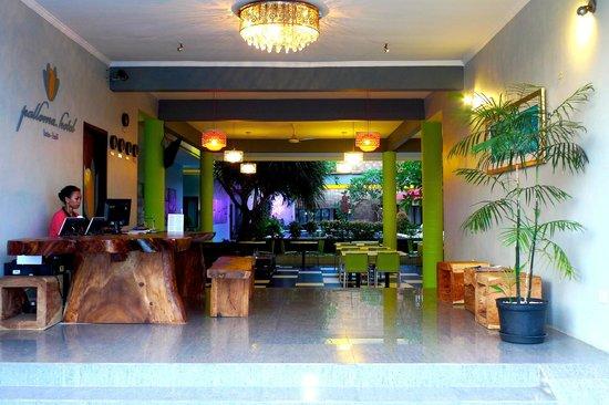 Palloma Hotel Kuta: Lobby
