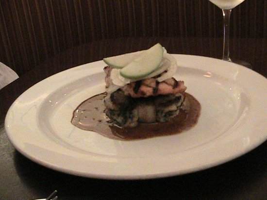 Oceano Bistro: The Grilled Salmon