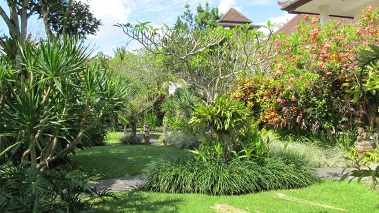 Sri Ratih Cottages : Sri Ratih gardens