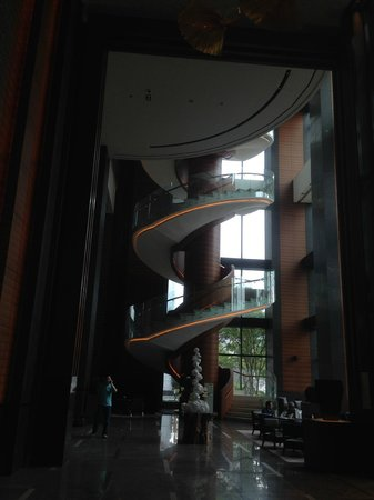 Conrad Seoul: Spiral staircase in the lobby.