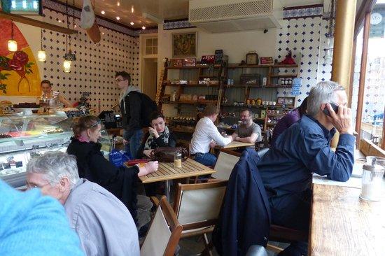 Moreish cafe deli ltd: Moreish seating area
