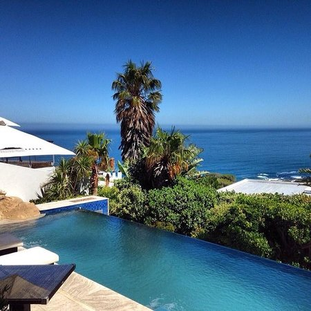 Atlanticview Cape Town Boutique Hotel : Daytime view from Room 5