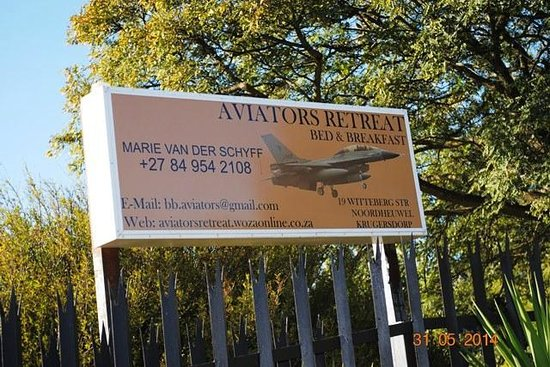 Aviators Retreat B&B: Nice signage