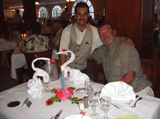 Djerba Plaza Hotel & Spa: dans la salle à manger