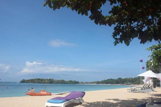 Nusa Dua Beach Hotel & Spa: the beach