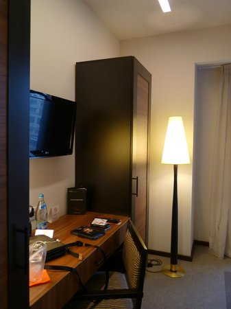 Europa Royale Bucharest: TV and work area