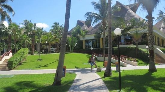 Luxury Bahia Principe Akumal Don Pablo Collection : Grand Bahia Principe Akumal