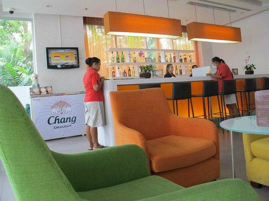 Ibis Pattaya: Lobby