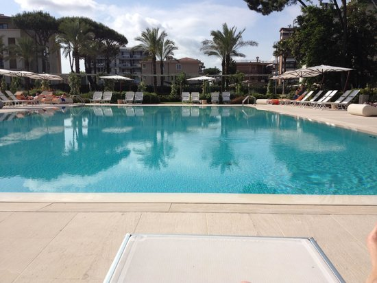 UNA Hotel Versilia : The Pool