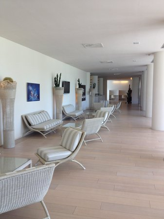 UNA Hotel Versilia : A Lounge