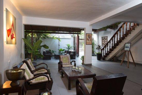 Villa Langka: Lobby area