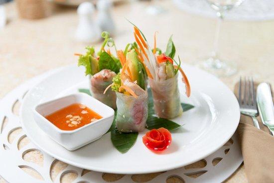 Villa Langka: Prawn & Avocado Rolls