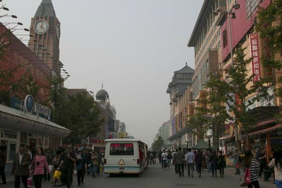 Wangfujing Street: Fun to stroll, shop and people watch