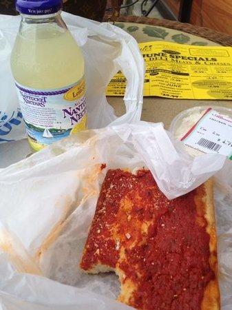 Altomonte's Italian Market : beat it tomato pie��