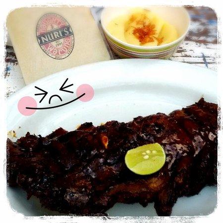 Naughty Nuri's: My superb pork ribs