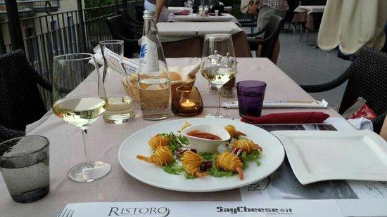 Pizzeria Ristorante Ristoro: Prawns wrapped in potato. Delicious!