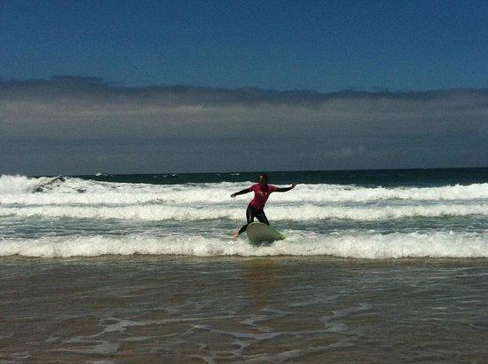 Jah Shaka Surf and Kite Lodge: surfer