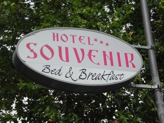 Hotel B&B Souvenir: insegna