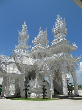 Wat Rong Khun : One of the secondary buildings - a crematory I believe