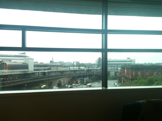 Macdonald Manchester Hotel & Spa: view over train station