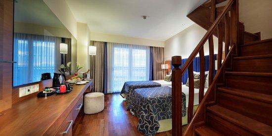 Liberty Hotels Lara -Duplex Family Room