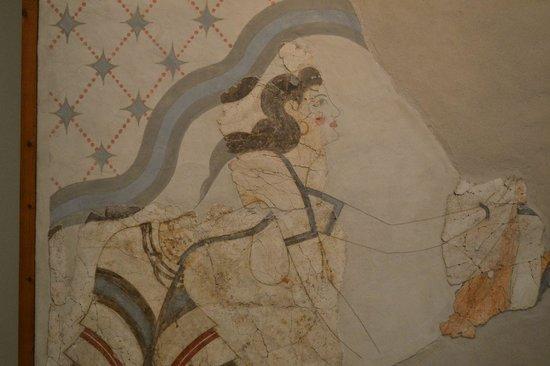 Museum of Prehistoric Thera: Femmes