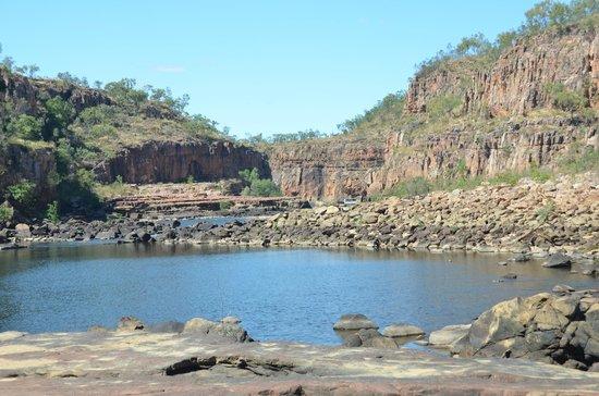 Nitmiluk Tours - Day Tours: rocks between gorges