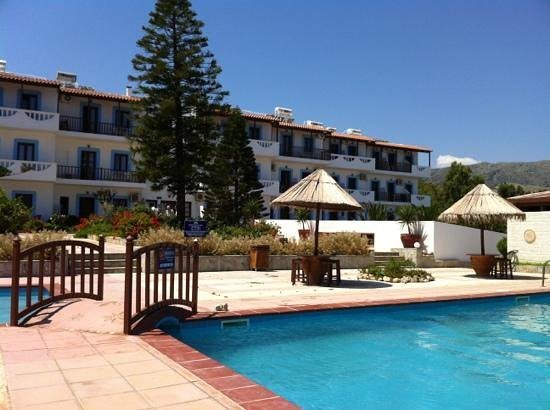 Spiros-Soula Family Hotel & Apartments : The hotel