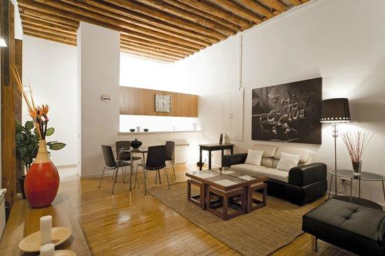 Apartamentos Central Suites Gavirental: SALON