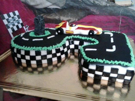 Go Karting San Bartolome: Go karting cake
