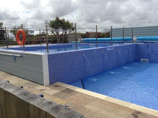 Sands Resort Hotel & Spa : outdoor pool