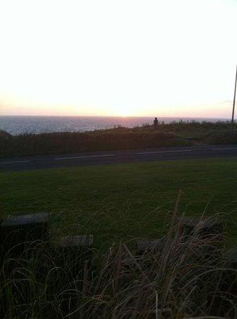Sands Resort Hotel & Spa: sunset from bar