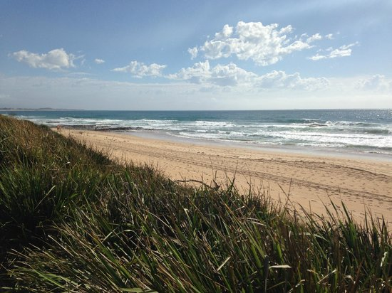Novotel Wollongong Northbeach: Beach