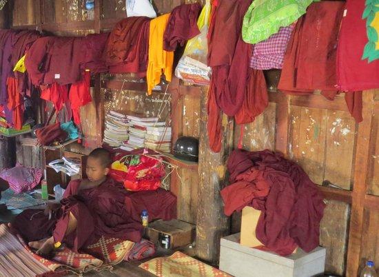 Shwe Yaunghwe Kyaung : il piacevole disordine che assomiglia ai monasteri tibetni