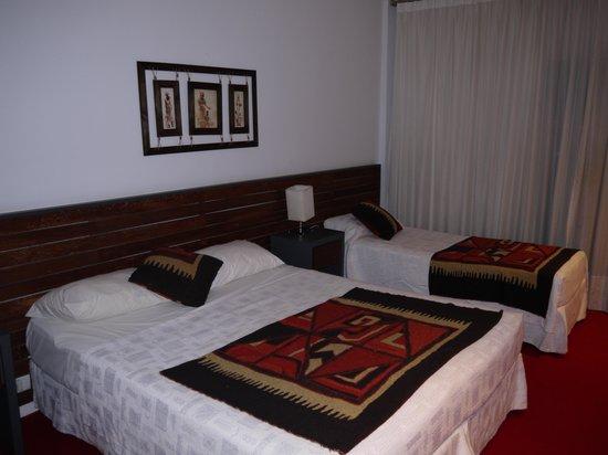 Gran Hotel Tourbillon : Номер, кровати