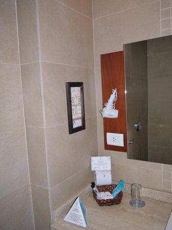 Gran Hotel Tourbillon: Ванная комната
