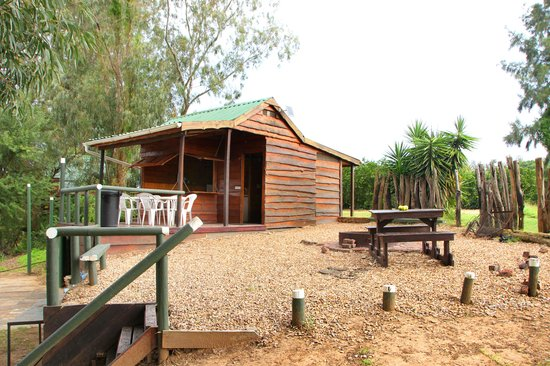 Kelvin Grove Guest House: 6 Sleeper Kitchen (seperate)