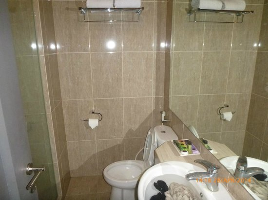 Clean Bathroom Picture Of Hotel Dafam Semarang Tripadvisor