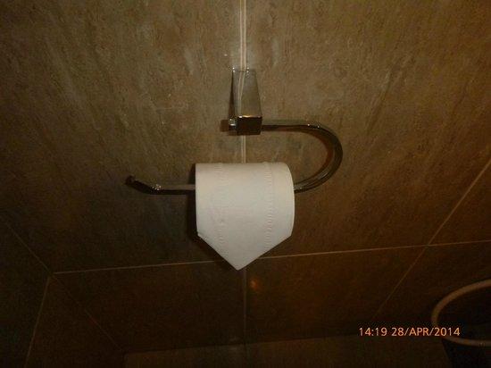 Hotel Dafam Semarang: Tidy and clean bathroom