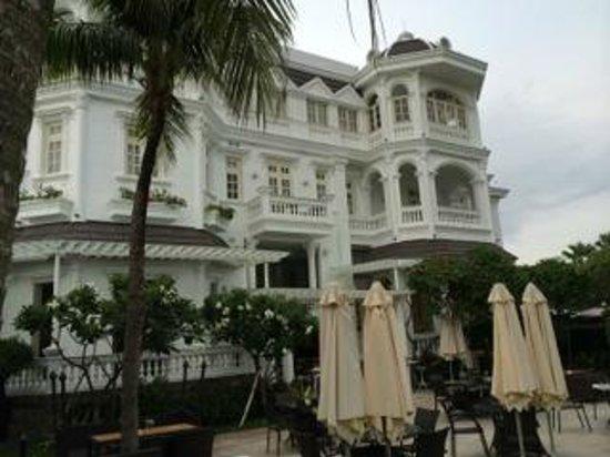 Villa Song Saigon: colonial mansion