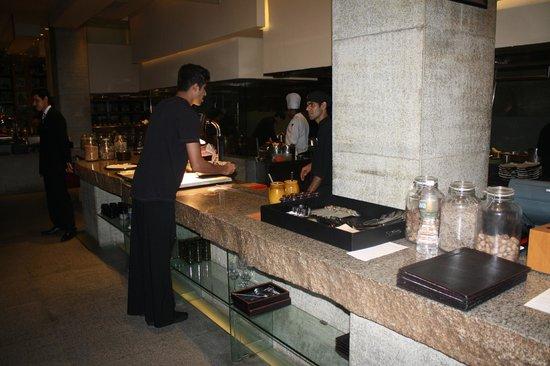 Four Seasons Hotel: Dinner at San-Qi - Four Seasons