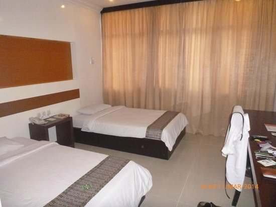 Photo of Hotel Swarna Dwipa Palembang